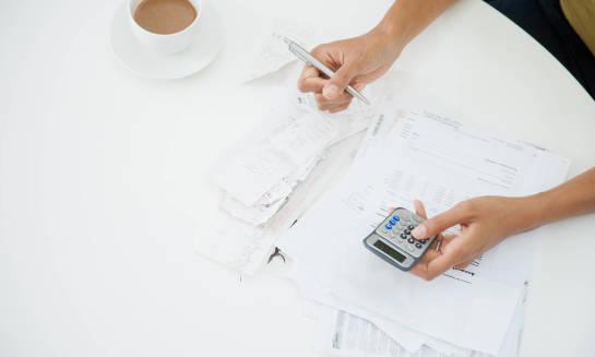 Jak wygląda i na czym polega rachunek zysków i strat?