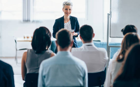 Szkolenia z przyjemną atmosferą dla uczestników – świetny sposób na biznes