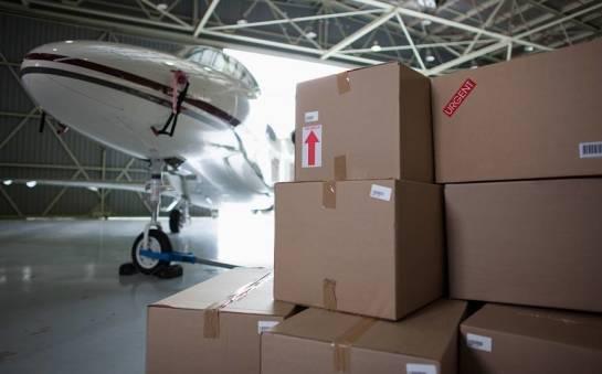 Jak przewozić paczki za granicę?