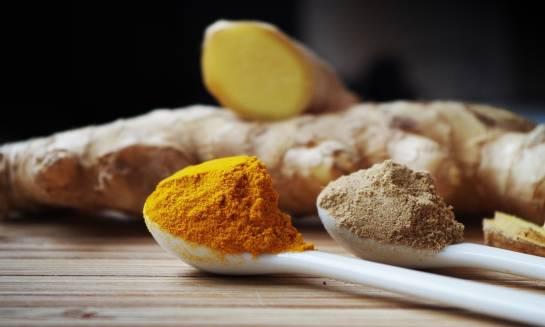 Kurkuma i piperyna – zastosowanie i właściwości