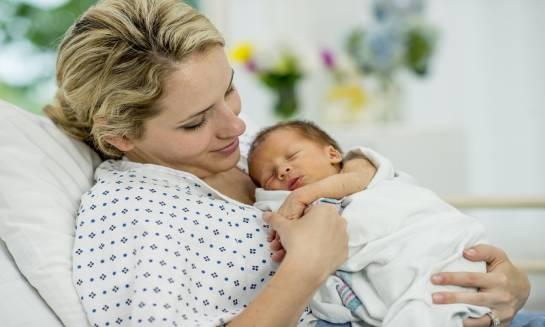 Co zabrać ze sobą do szpitala? – torba dla mamy i dziecka