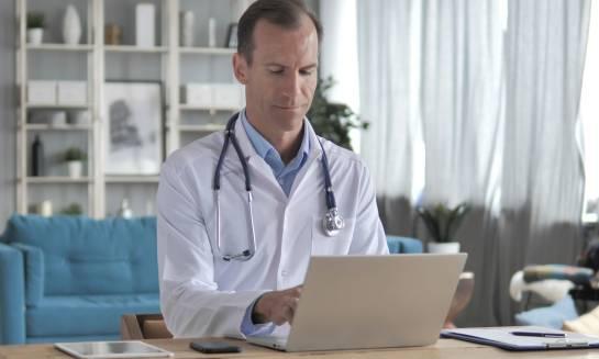 Wpływ technologii internetowych na służbę zdrowia