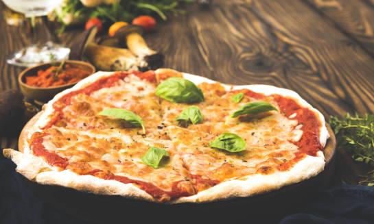Pizza – kulinarny symbol Włoch
