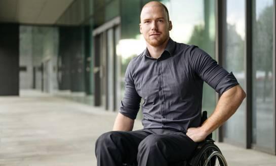 Czym powinien się charakteryzować wózek inwalidzki dla osoby aktywnej?