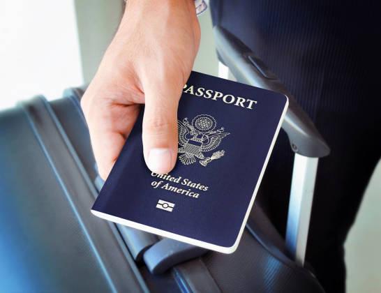 Czy wyjeżdżając do Anglii potrzebujemy paszportu?