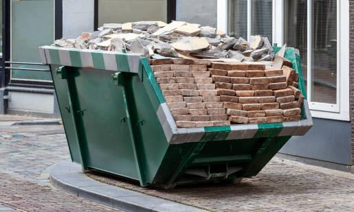 Jak zorganizować wywóz odpadów w trakcie remontu?
