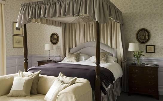 Jaki rozmiar łóżka powinno wybrać małżeństwo?