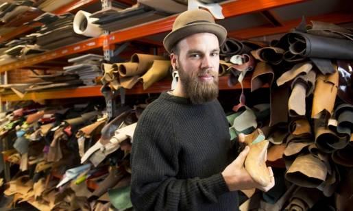 Buty szyte na miarę – czym się wyróżniają?