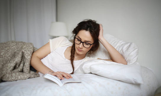 Czy warto kupić gotowe okulary do czytania?