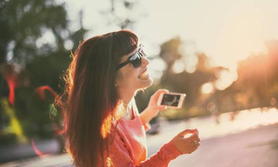 Jak osoby z wadami wzroku mogą chronić oczy przed słońcem?