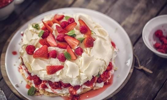 Charakterystyka tortów bezowych
