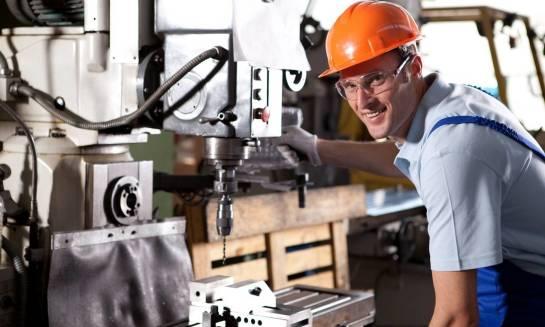 Zastosowanie separatora mgły olejowej w warsztatach i fabrykach
