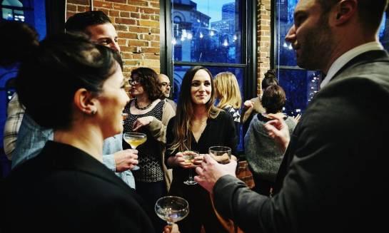 Dlaczego warto organizować firmowe imprezy integracyjne?