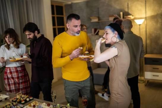 Catering na domówkę - dlaczego to dobre rozwiązanie?