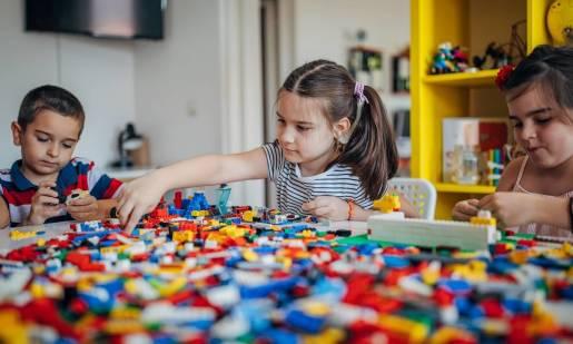 Klocki LEGO taniej. Używane zabawki ze sprawdzonego źródła