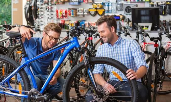 Jakie są różnice między rowerem crossowym a trekkingowym?