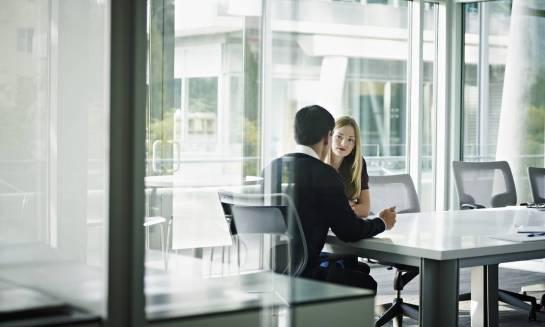 Dlaczego warto skorzystać z pomocy fachowców przy zakładaniu spółki?