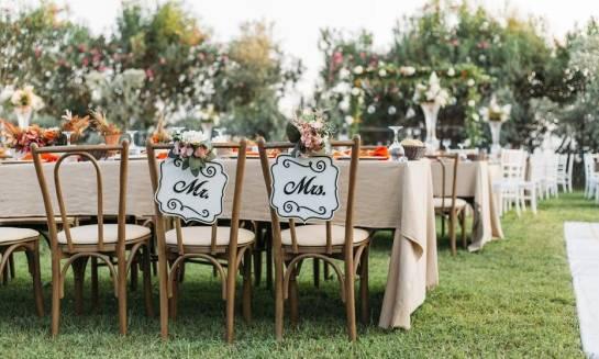 Gdzie najlepiej wypożyczyć sprzęt do zorganizowania udanego wesela w ogrodzie?