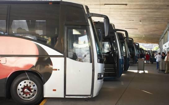 Jakie normy ekologiczne powinny spełniać współczesne busy i autobusy?