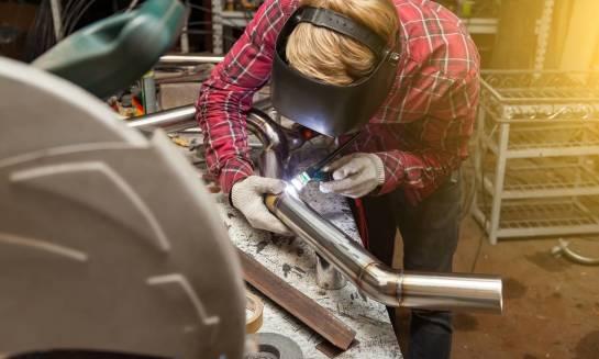 Produkcja przewodów rurowych, gięcie rur. Co warto wiedzieć?