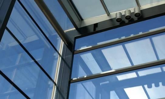 Walory użytkowe i estetyczne okien aluminiowych