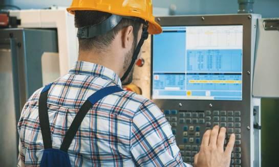 Na czym polega grawerowanie CNC?