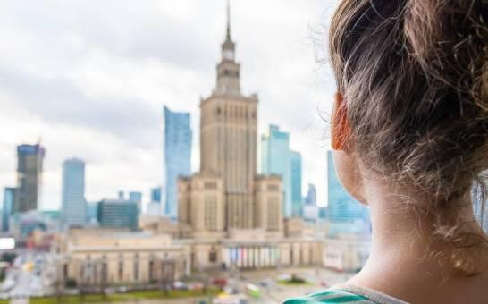 Z jakim wydatkiem się liczyć, planując nocleg w Warszawie?
