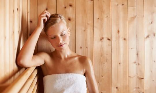 Na czym polegają seanse w saunie?