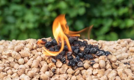 Jaką przewagę mają kotły pelletowe nad pozostałymi źródłami ciepła?