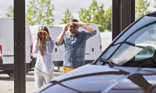 W czym tkwi sekret popularności samochodów marki BMW?