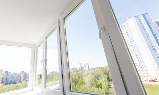 Kiedy najlepiej montować okna PVC?