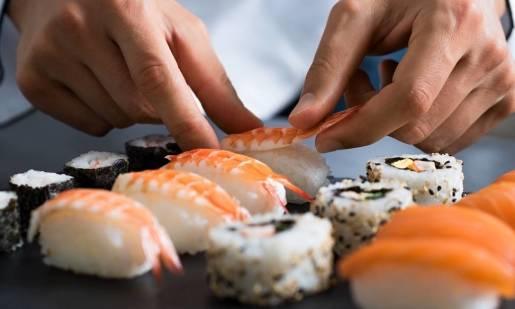 Ciekawe maszyny do produkcji sushi