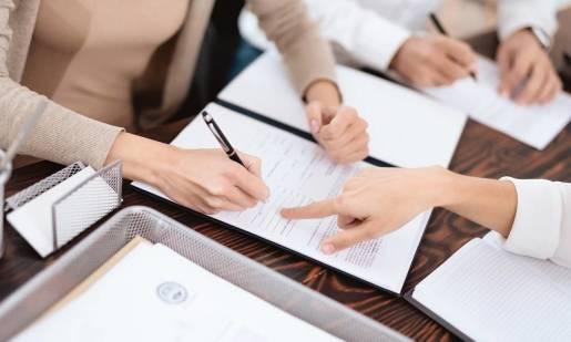 Jak dokonać podziału majątku po rozwodzie, by uniknąć problemów formalnych?