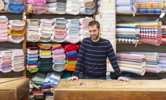 Najczęściej kupowane materiały w sklepach z tkaninami