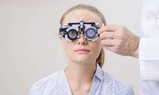 Czym różni się badanie okulistyczne od optometrycznego?