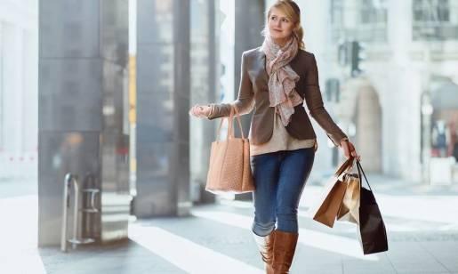 Żakiet jako element garderoby eleganckiej kobiety