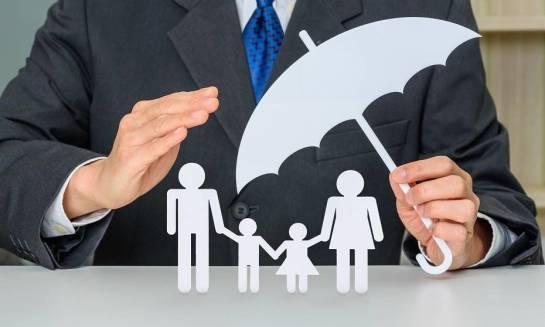 Dlaczego warto skorzystać z usług profesjonalnej firmy konsultingowej przy wyborze ubezpieczenia na życie i zdrowie?