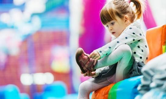 Dobrej jakości półbuty dla dzieci. Dlaczego bywają drogie?