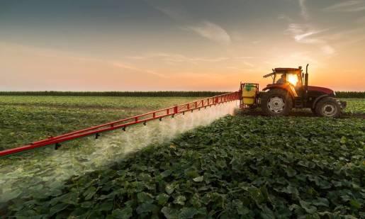 Kompleksowe usługi rolnicze dla małych, średnich i dużych gospodarstw