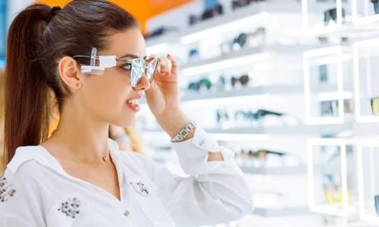 Czy okulary przeciwsłoneczne mogą mieć właściwości korekcyjne?