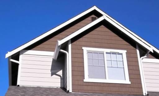 Drewniane czy PCV, czyli jakie okna wybrać do domu jednorodzinnego?