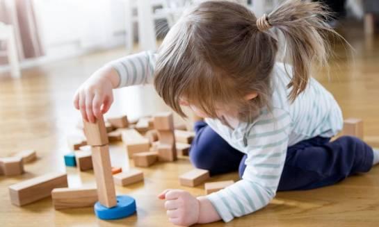 Klocki drewniane jako pomoc dydaktyczna w przedszkolach