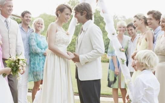 Ślub w plenerze na Mazurach? Świetny pomysł!