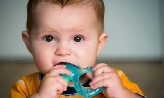 Jakie funkcje pełnią gryzaki dla dzieci?