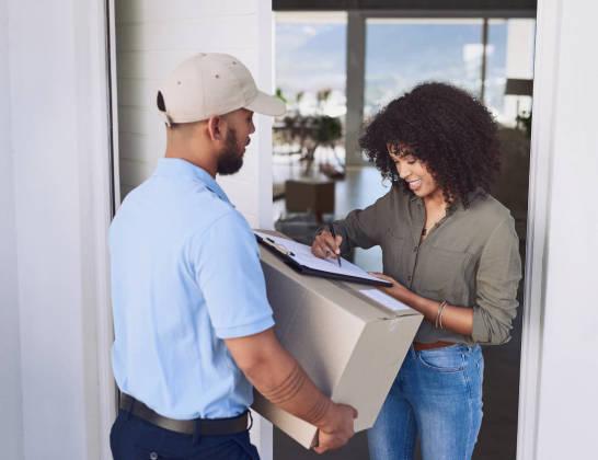 Usługa door to door - na czym polega i czy warto z niej korzystać?