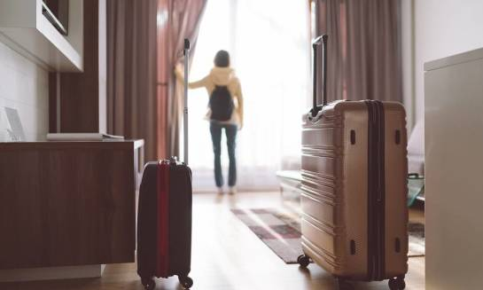 Kiedy hotel to dobra alternatywa dla pensjonatu?