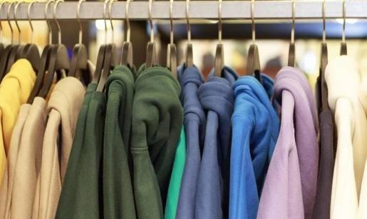 Bluzy chrześcijańskie z shoperek.pl podbijają serca młodzieży