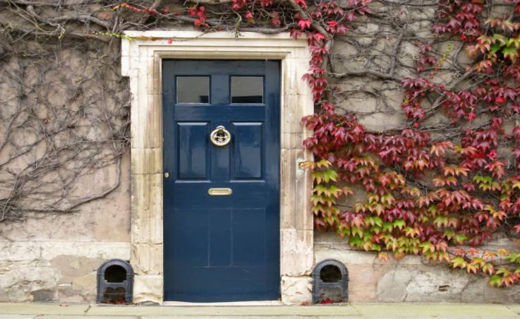 Na co zwrócić uwagę, wybierając drzwi wejściowe do swojego domu?
