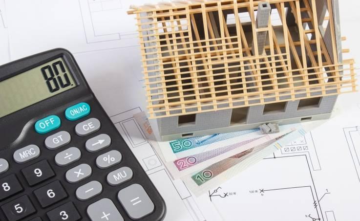 Jak zaoszczędzić podczas budowy dachu?