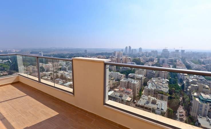 Posadzka żywiczna na balkonie – czy to się opłaca?